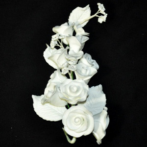 10207-A-GUMPASTE-ROSE-WHITE-MEDIUM-MCCALLS.jpg