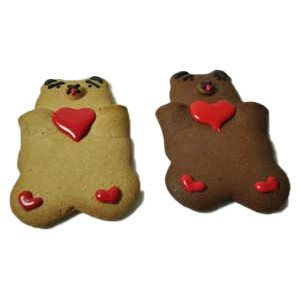 VANILLA AND CHOCOLATE COOKIE PAL BEARS WITH HEARTS