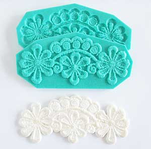 17077-A-SILICONE-MOLD-DAISY-LACE-MCCALLS.jpg