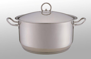 17814-a-Casserole-with-lid7.4L.jpg