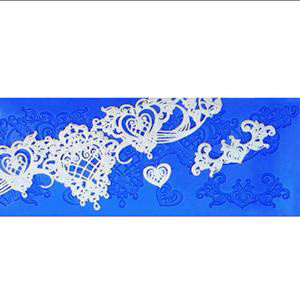 HEART AND SOUL ICING LACE MAT