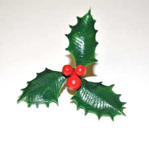 2554-A-HOLLY-3LEAF-W-BERRIES-1PC-MCCALLS.jpg