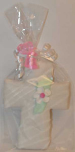 "5 1/4"" PACKAGED PINK FLOWER CENTRE CROSS COOKIE"