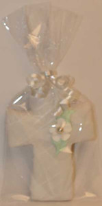 "5 1/4"" PACKAGED SILVER FLOWER CENTRE CROSS COOKIE"